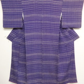 Antique purple linked swastikas kimono